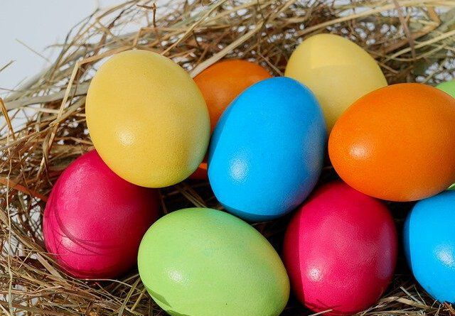 jajka barwienie