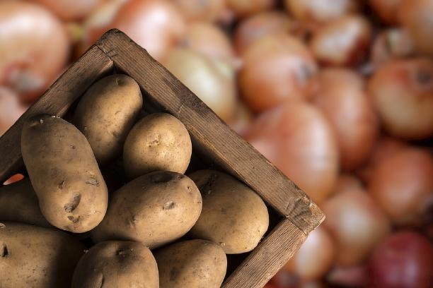 ziemniaki cebula