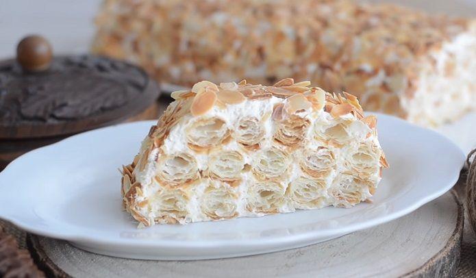 ciasto z prażonymi migdałami