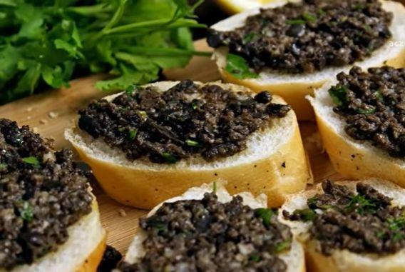 pasta oliwkowa
