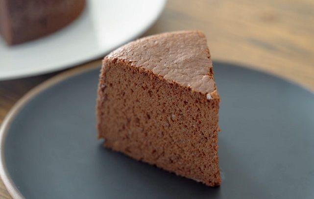 sernikowy biszkopt czekoladowy