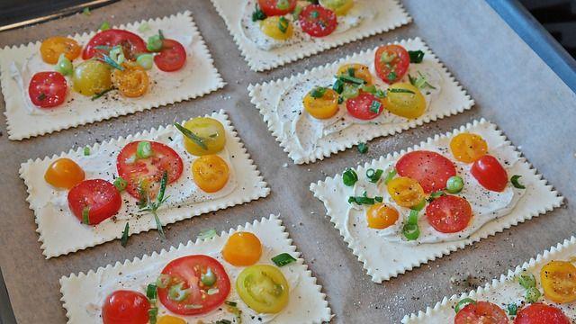 Zapiekanki z ciasta francuskiego