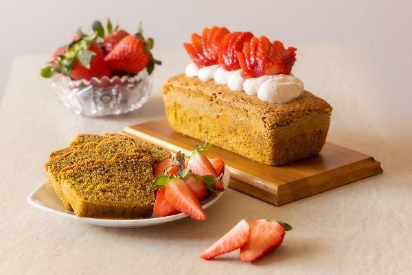 Ciasto marchewkowe z truskawkami w 10 minut