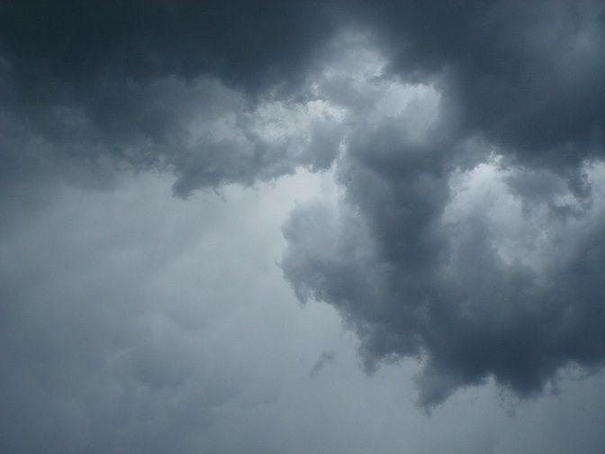 czarna chmura
