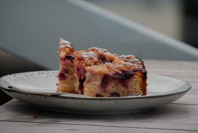 Ekspresowe ciasto ze śliwkami